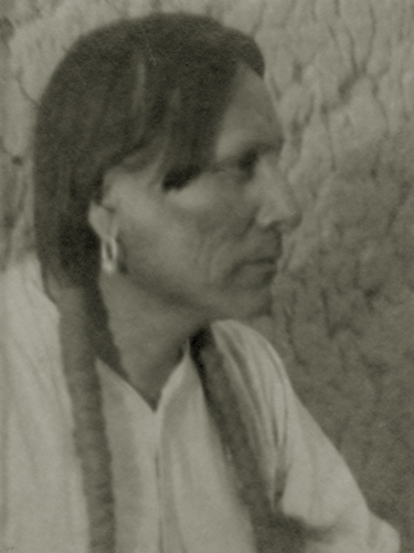 José Martinez, San Ildefon so Pueblo, New Mexico, 1927 8 x 6 inches vintage parmelian print