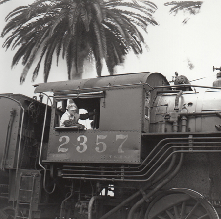 S.D. #362 Leaving for El Centro (at San Diego, CA), 1949 10 x 8 inches silver print
