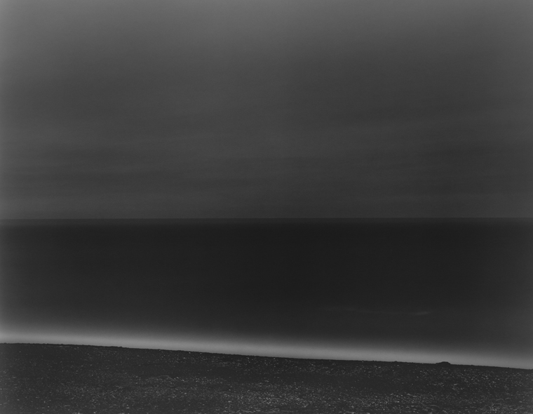 2004-2005, Tasman Sea, New Zealand 20 x 24 inches (edition of 25) 26 x 32 inches (edition of 10) 44 x 56 inches (edition of 5) silver print