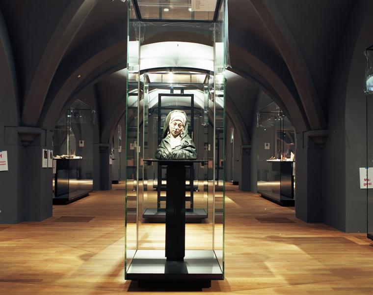 Rijksmuseum #15, January 2013 16 x 20 inches 36 x 43 inches edition of 10 chromogenic dye coupler print