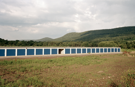 Nº15, Pennsylvania, 2001 from the series:  Storage Units  20 x 24 inches edition of 20 archival pigment print
