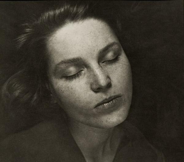 ringl + pit Klrchen, 1930 6.75 x 7.5 inches silver print