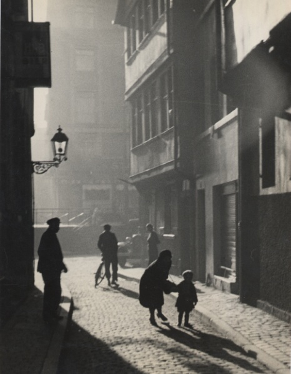 Mother and Child on the Street, Contre-Jour Shot, 1929 9 x 6.5 inches vintage dye transfer print