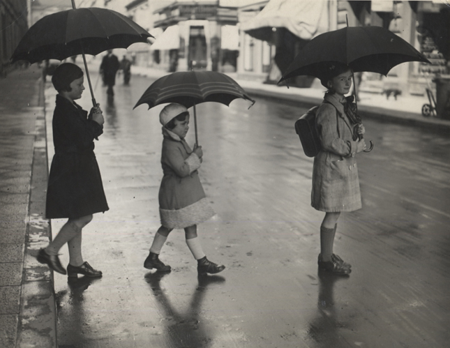 Untitled (children in the rain), 1933 7 x 9 inches vintage silver print