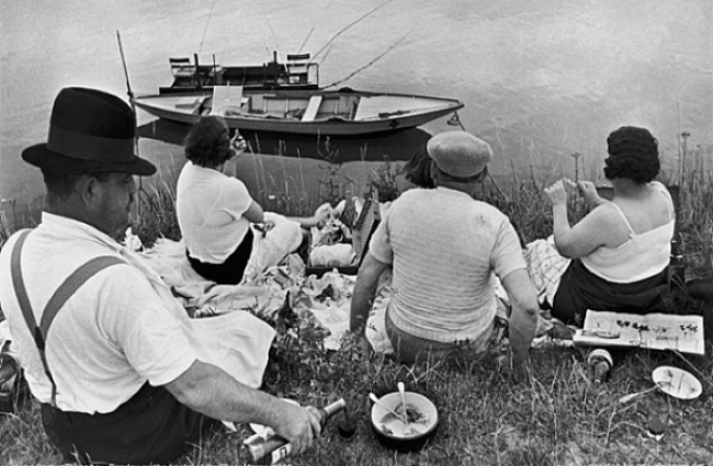Henri Cartier-Bresson On the Banks of the Marne, 1938 9.5 x 14 inches silver print