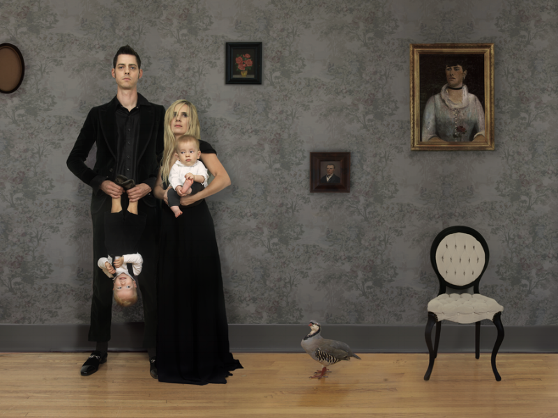 Julie Blackmon American Gothic, 2008 24 x 31 inches (edition of 25) 36 x 46 inches (edition of 10) archival pigment print