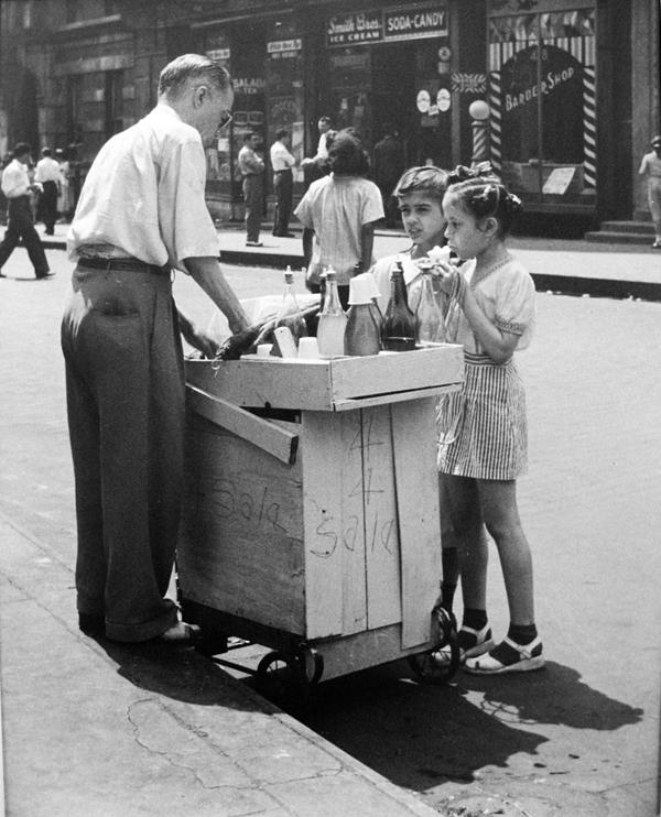 John Albok    Harlem, NY,  1936  Vintage silver print  10 x 8 inches