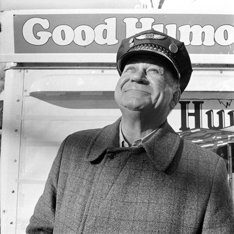 w_Meisler_Good+Humor,+Man+Outside+Guggenheim+Museum,+New+York,+NY,+March+1....jpg