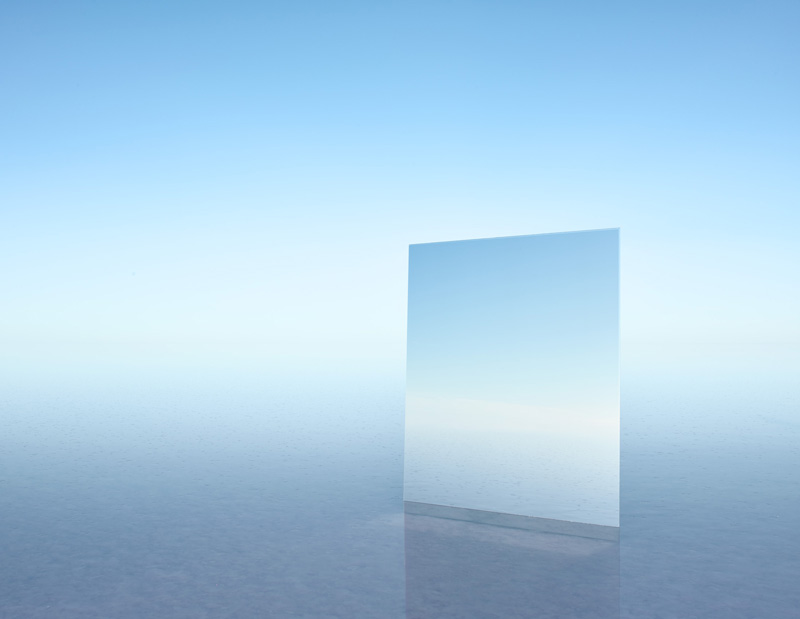 Mirror 21, 2017  Digital pigment print  120 cm x 155 cm  Edition of 7