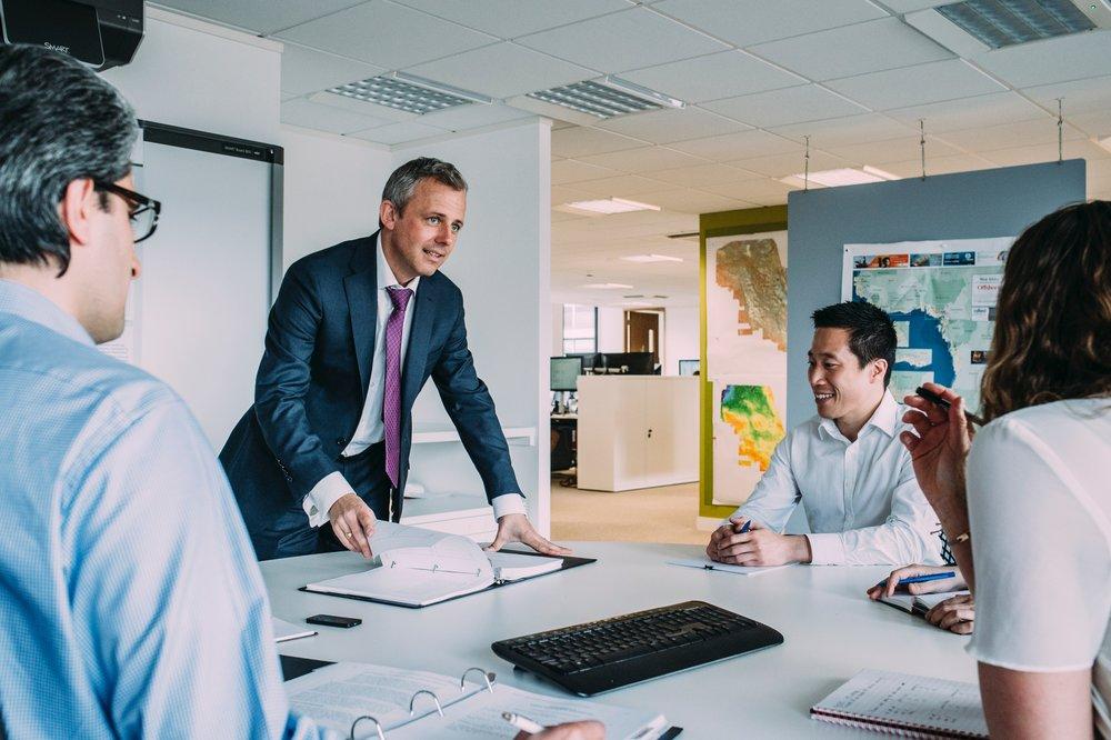 人事コンサルティング - より良いパフォーマンスと、社員のWellbeingの高い職場づくりへ最適なソリューションを提供します。・採用・ミッション/ゴールセッティング・タレントパイプライン・パフォーマンス向上・会議ファシリテーション・創造的・健康的な職場づくり・各種制度構築