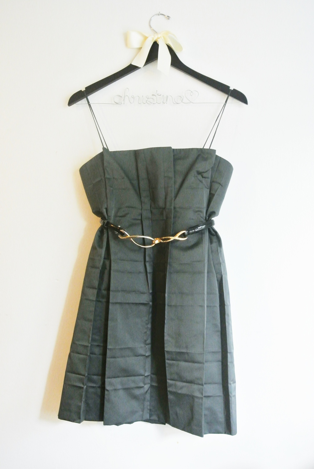 Marc Jacobs pleated LBD (styled with Express belt)