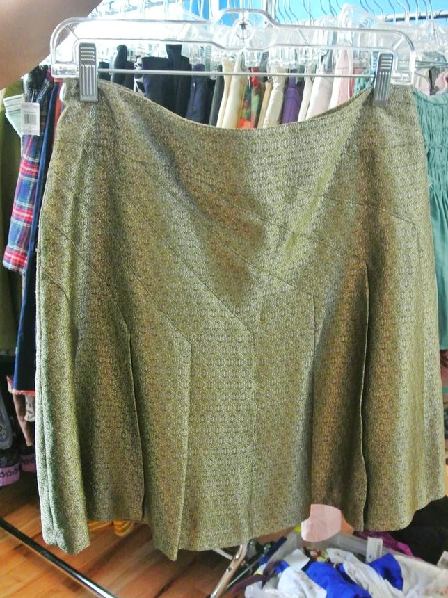 H&M skirt ($14.99)