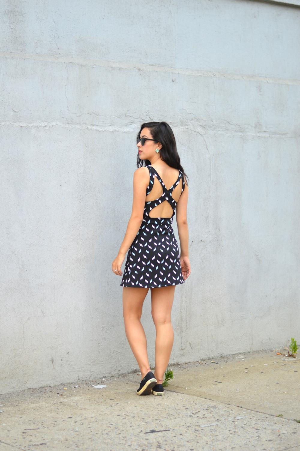 thrifty blogger