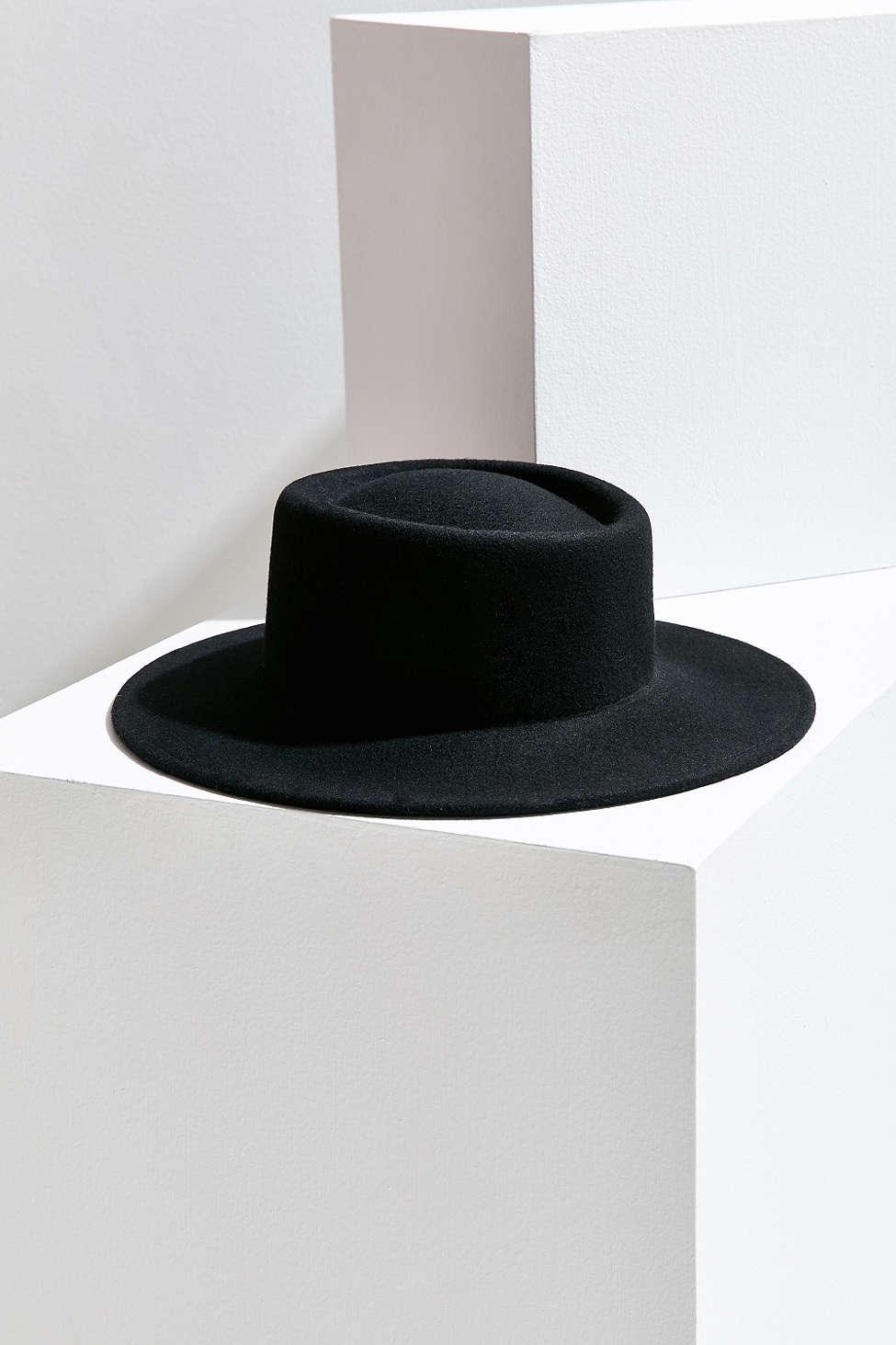 hat11.jpg