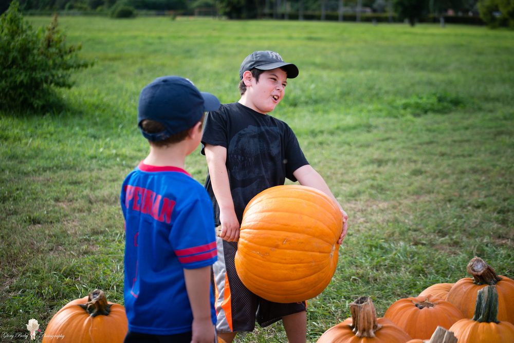 PumpkinPicking2015wm (27 of 64).JPG