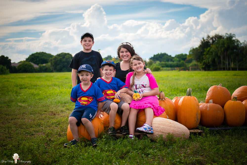 PumpkinPicking2015wm (34 of 64).JPG