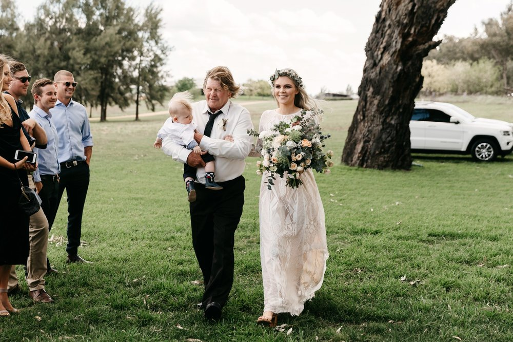 Lazy River Estate Wedding Photographer Dubbo 26.jpg