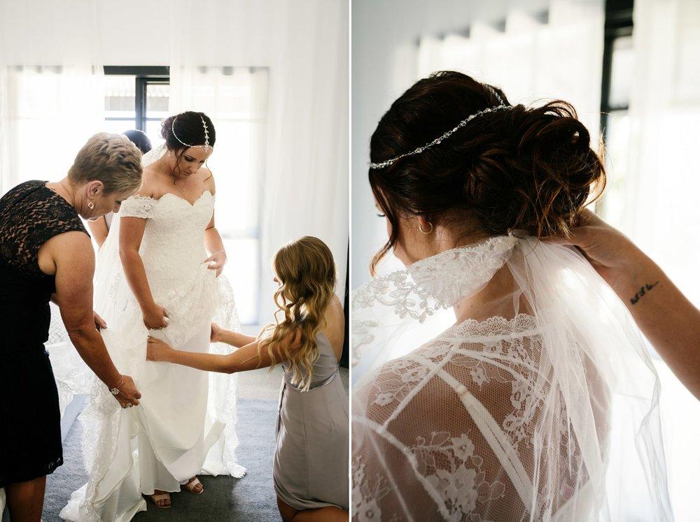 troy emma blue wren winery mudgee wedding photographer 15.jpg