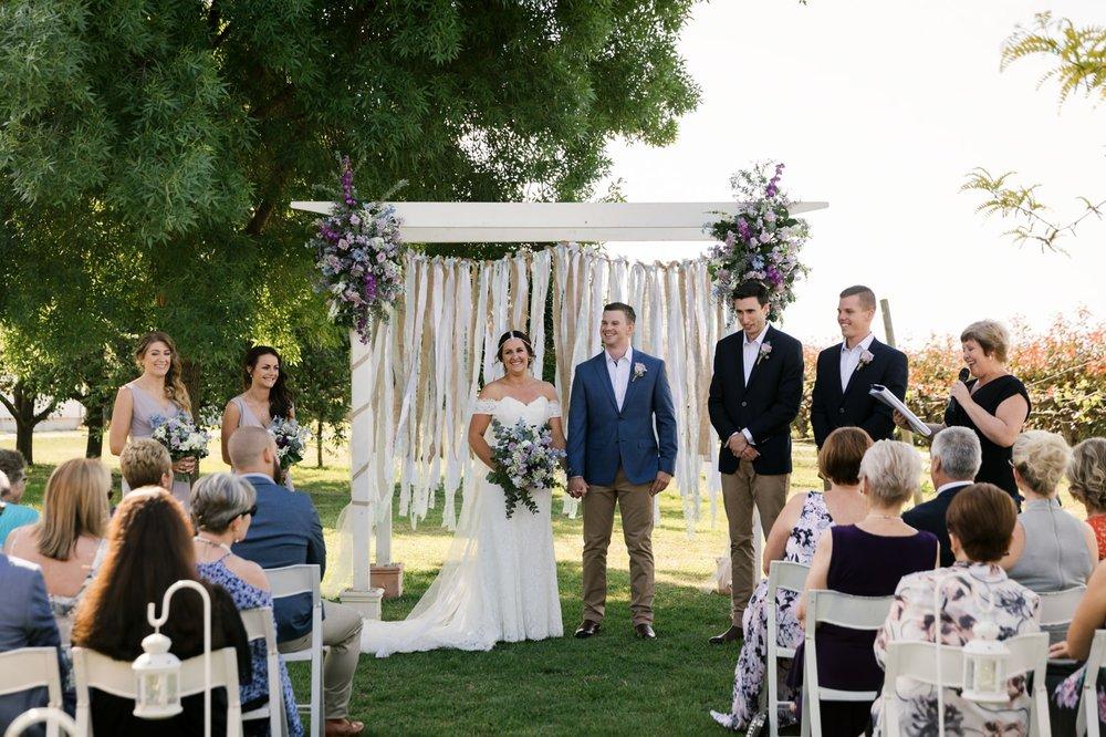 troy emma blue wren winery mudgee wedding photographer 25.jpg