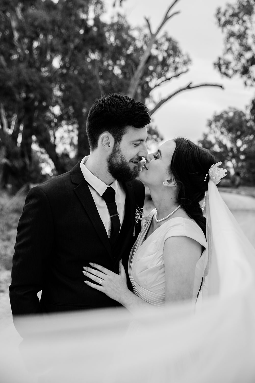 Erin Latimore Canberra Mudgee Wedding Photographer 3.jpg