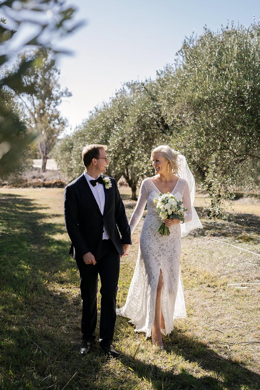 Erin Latimore Mudgee Canberra Wedding Photographer_124.jpg