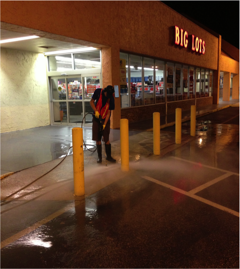 Commercial-pressure-washing-2.png