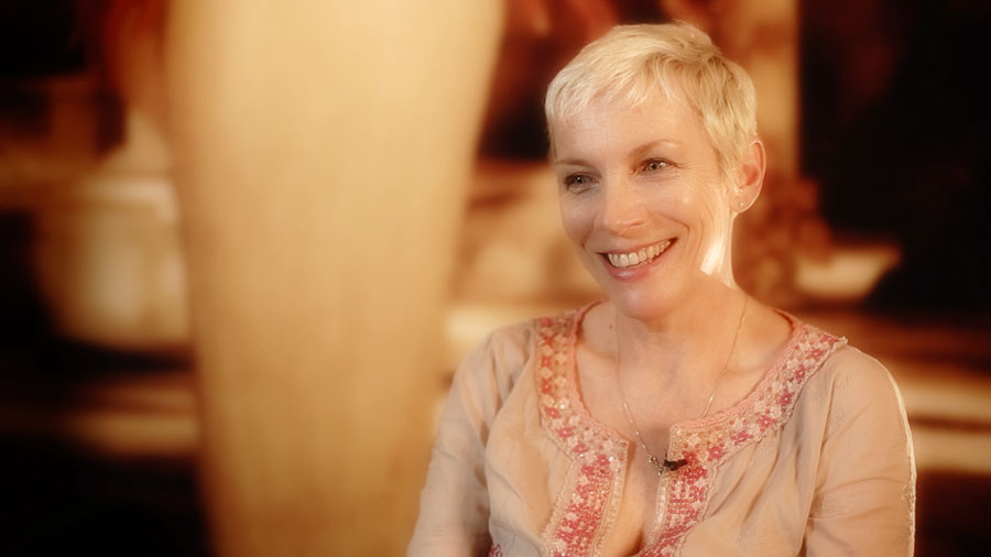 """ANNIE LENNOX INTERVIEW"""