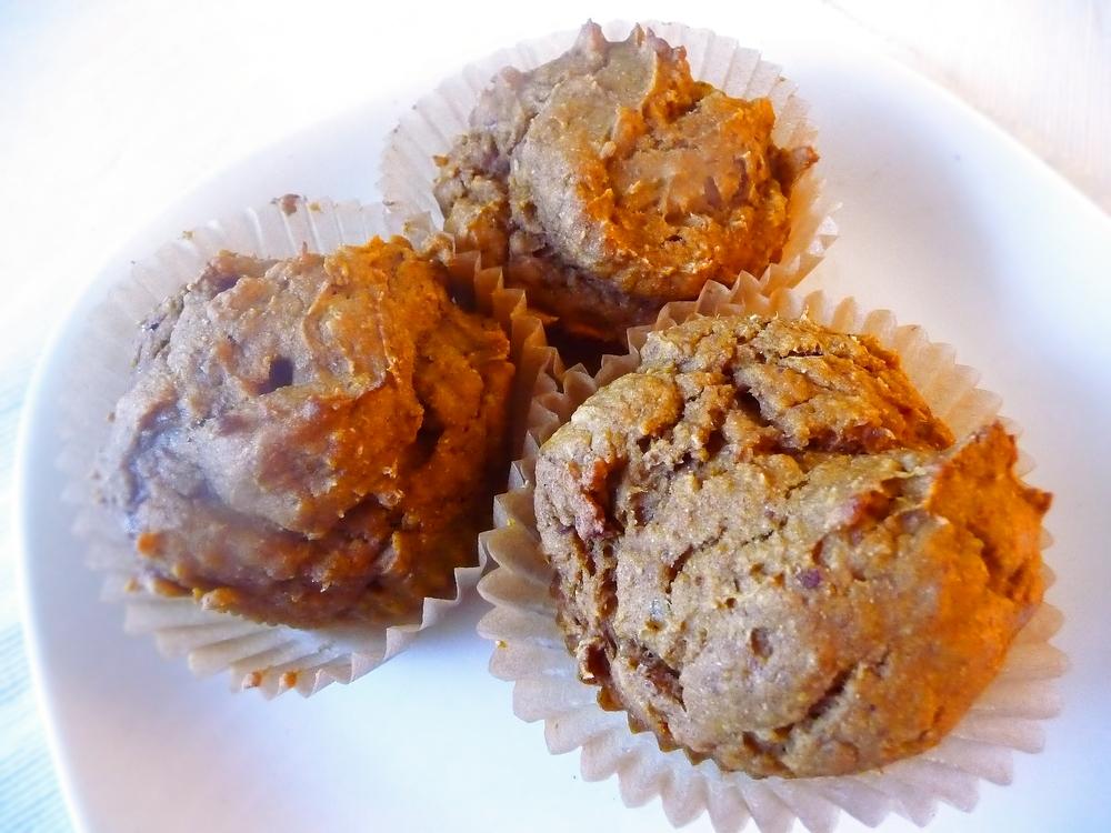 Pumpkin Date Muffins