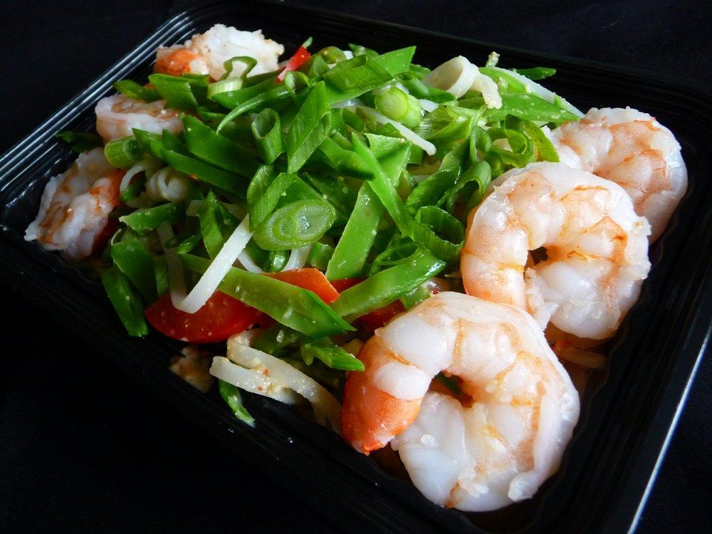 Vietnamese Pad Thai with Shrimp - Healthy, Gluten-Free, Spicy Dinner Entree