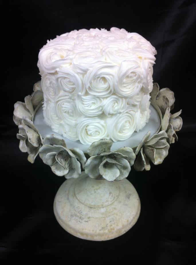 Rosette Iced Cake