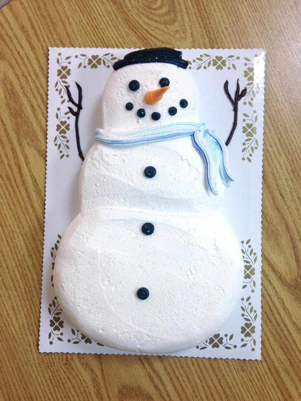 Snowman Shaped Cake