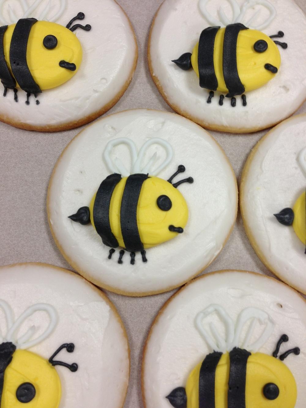 Bee2.jpg