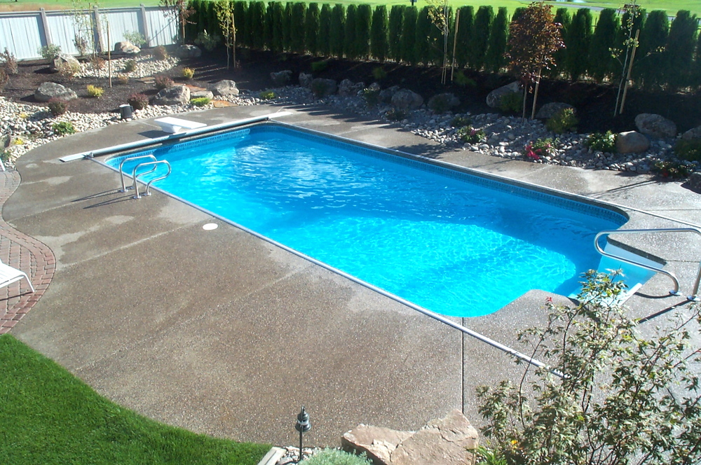 RTG on VL pool with standard aluminum lid.JPG