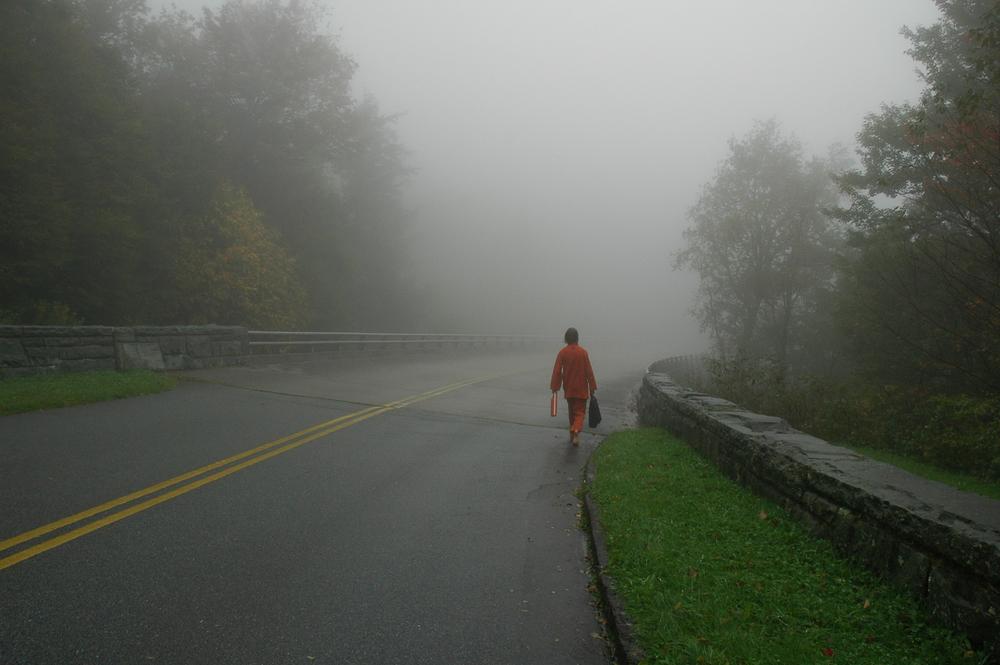Barefoot lone pilgrim03.jpg