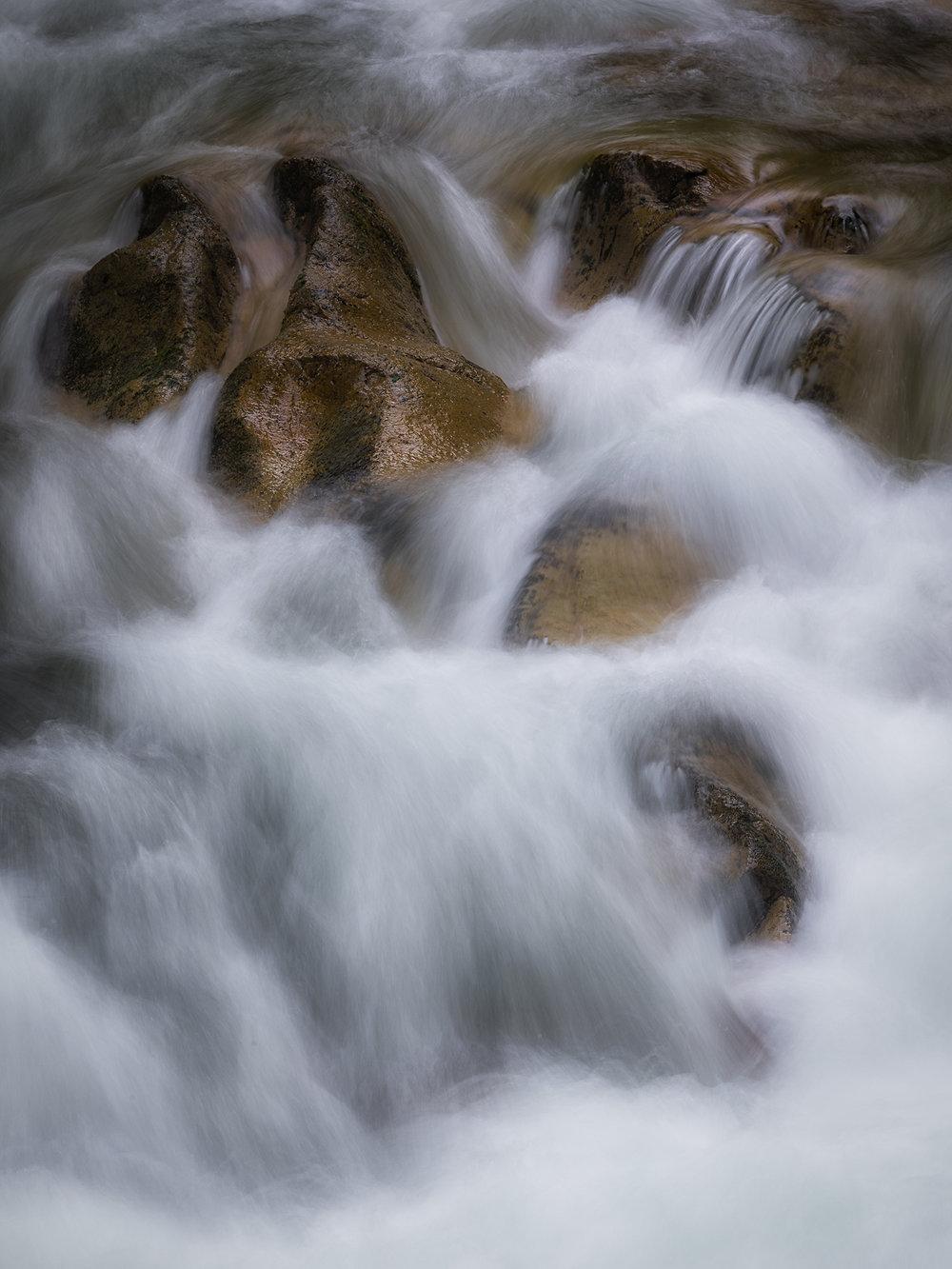 Santiam River    © Michelle Jensen Photography