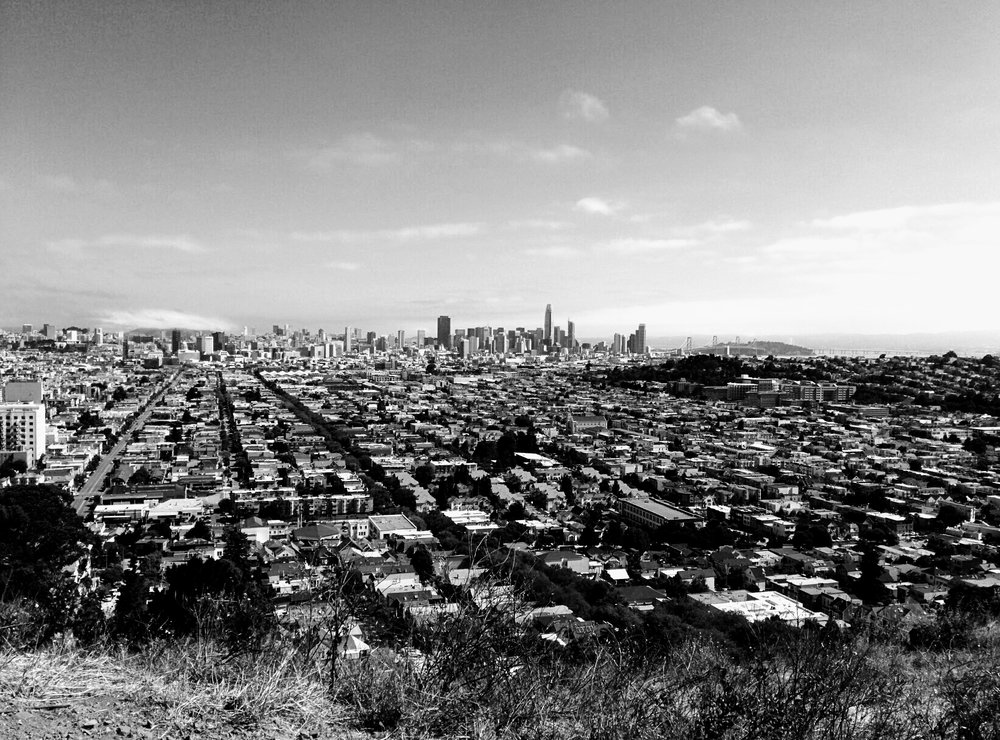 View of San Francisco looking north from  Bernal Heights Park. © 2017 EZdrinking