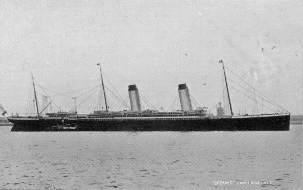 RMS_Oceanic_postcard.jpg