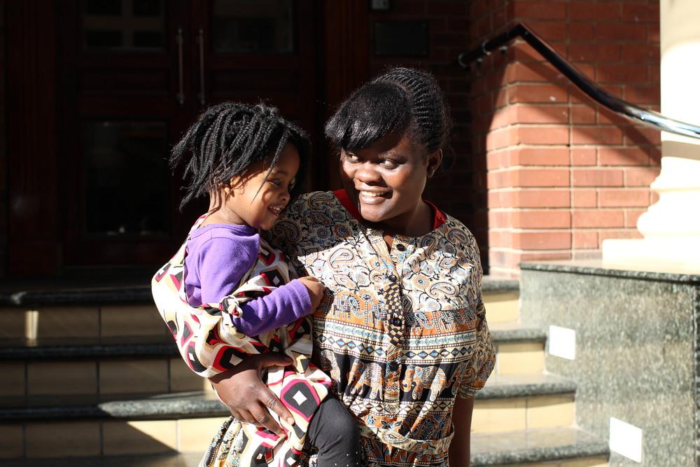 Adorable Nicole and her real-life Mom, Phum