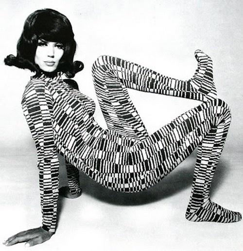 prettyshake: Simone d'Aillencourt, Hamburg 1967. Photo by F.C. Gundlach. S)