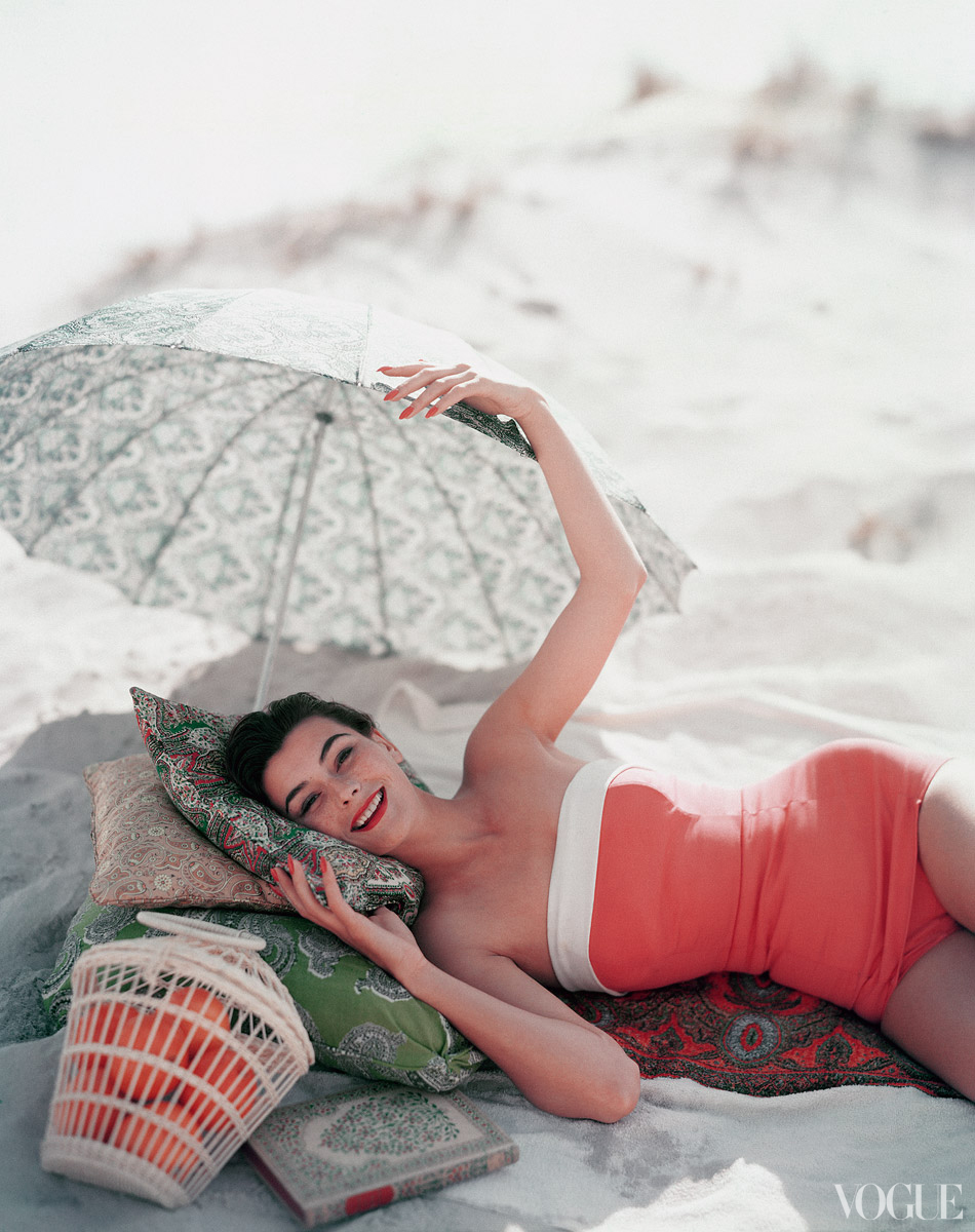 Vogue, 1954. Photo by Karen Radkai