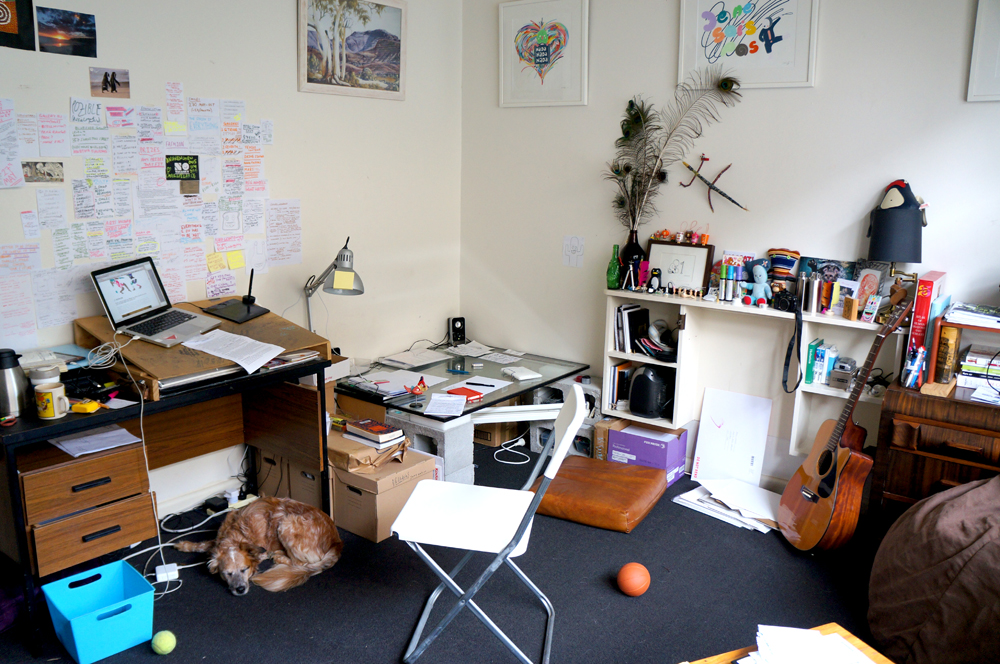 Mimi's home studio, with her 'dog and stuff'.