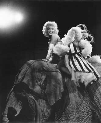 marilyn at circus elephant.jpg