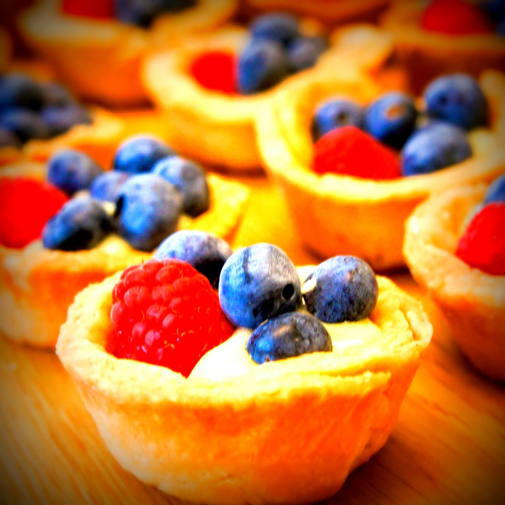 Lemon-Berry-Tarts-03801-2.jpg