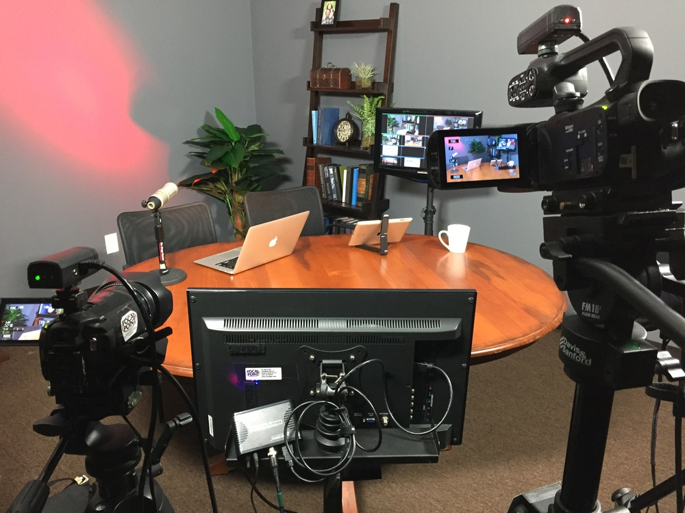 The over-the-shoulder monitor can be used to display a logo, video, or a live guest via Skype or FaceTime.