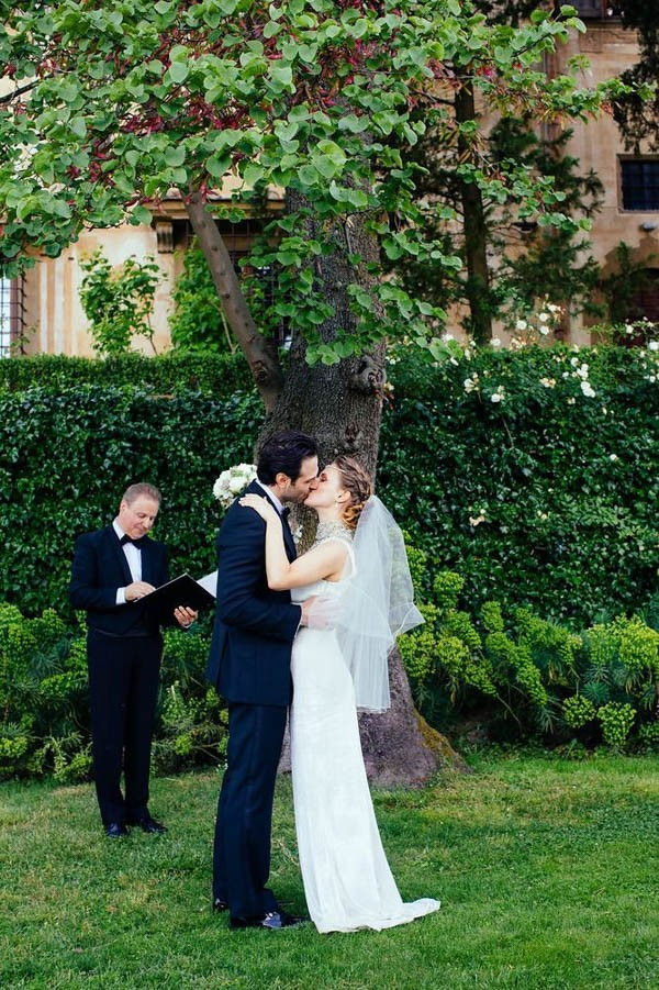 Florence-Italy-Elopement-at-Torre-di-Bellosguardo-Hotel-Gattotigre-Videographers-19-600x901.jpg