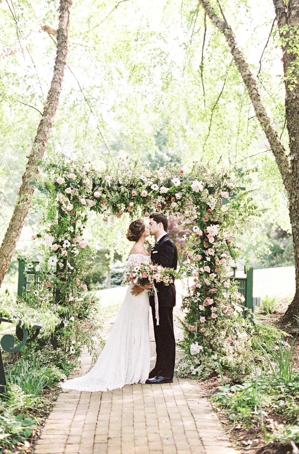 Ridgeland Mansion Inspiration Shoot_0090_film.jpg
