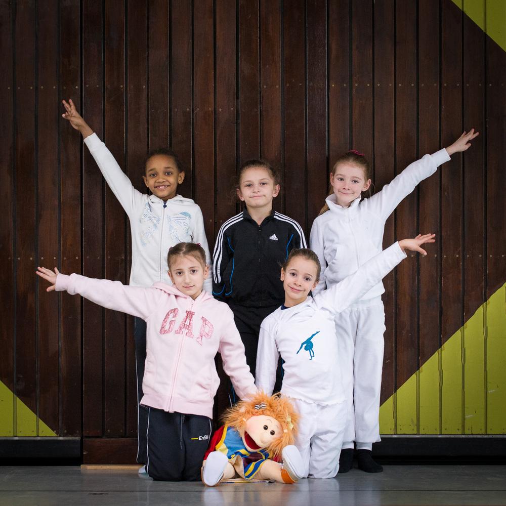 Seyna, Alesia, Gwen, Beyza und Anouk - müde aber glücklich nach der ersten Prüfung in diesem Jahr