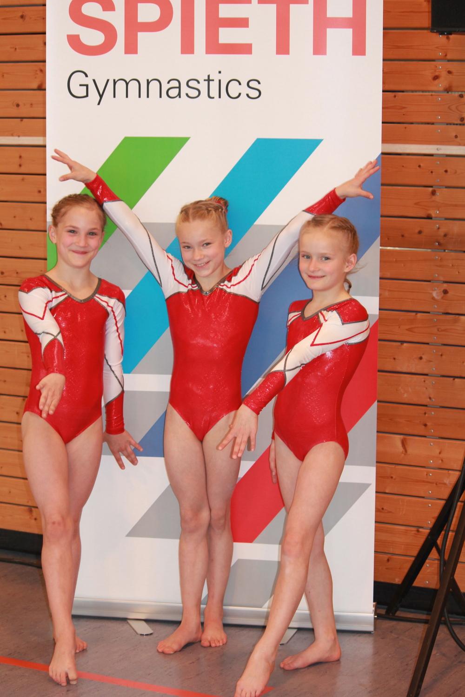 AK 9 - 3. Platz Mannschaft - Marie-Madeleine Ahr, Thea Klämt und Lieke Töppel