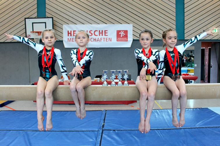 links nach rechts: Anna Belyakova-Zagumennova, Svetlana Levitskiy, Marla Leugner-Vilela, Lina Haichi