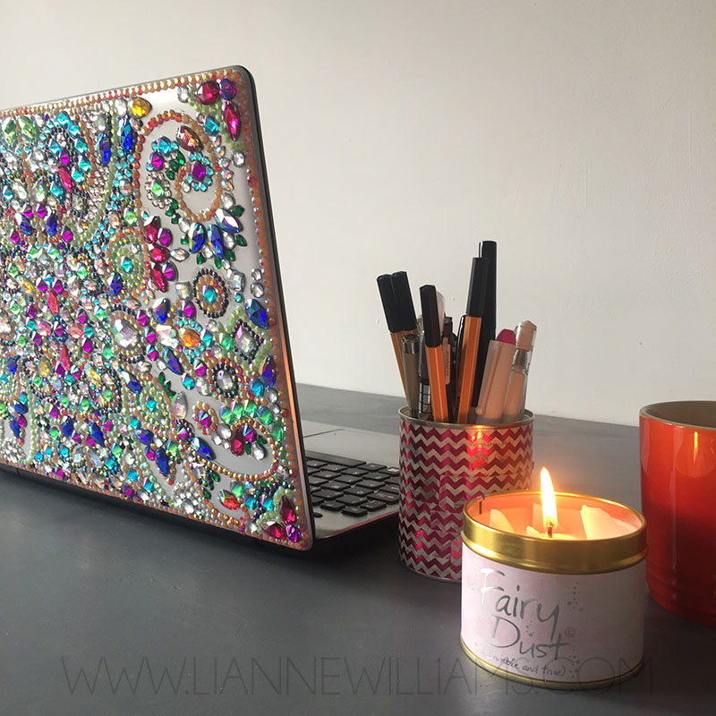 Rhinestone covered sparkly laptop 8.jpg